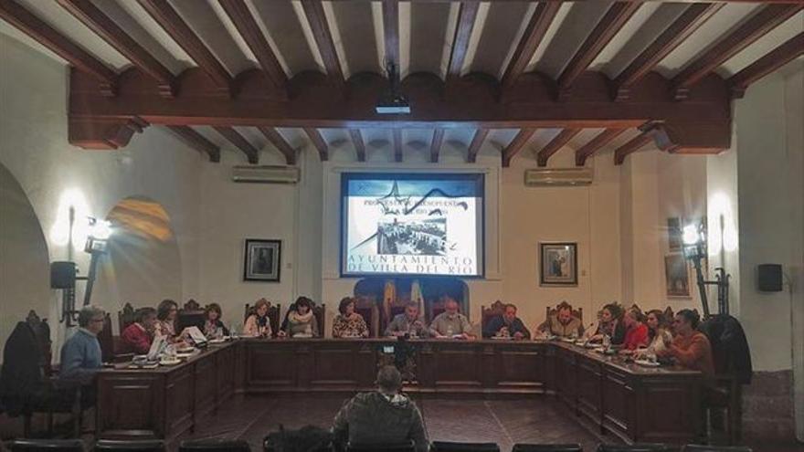 El PSOE de Castro pide la reprobación del alcalde y del equipo de gobierno