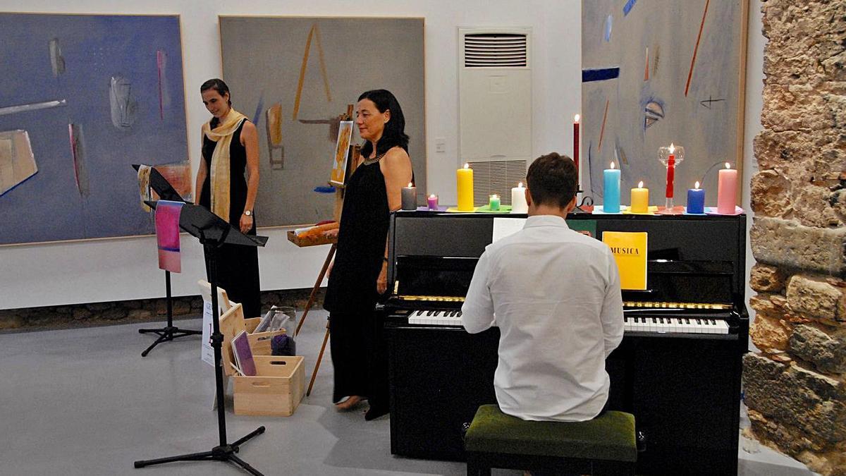 Des de fa uns estius, la Fundació Perramon programa vetllades que uneixen música i poesia