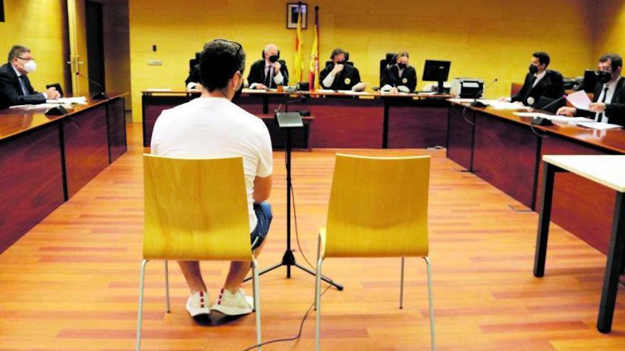 Absolt l'acusat de violar la parella amb un desodorant a Figueres