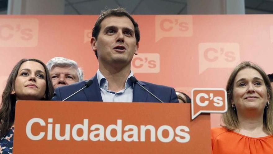 Rivera reclama una nova llei electoral i proclama que l'espai de centre «ha arribat per quedar-se»