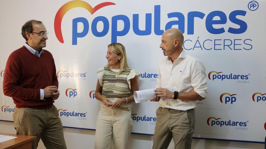 Elena Nevado da un paso atrás y Rafa Mateos se perfila como presidente local del PP de Cáceres