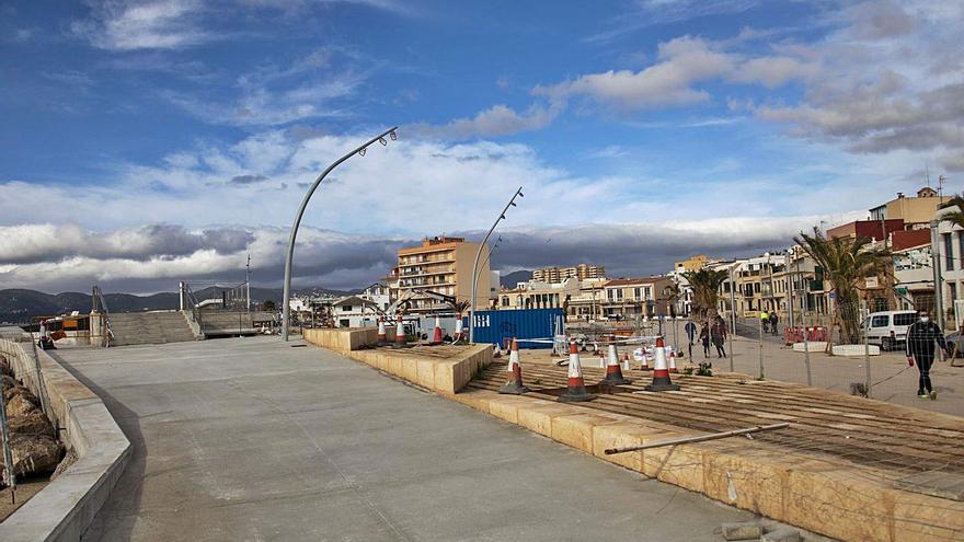 Las obras del puerto del Molinar suman un sobrecoste superior al millón de euros