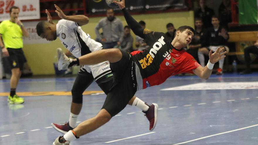 El Frigoríficos incorpora al pivote Carles Asensio