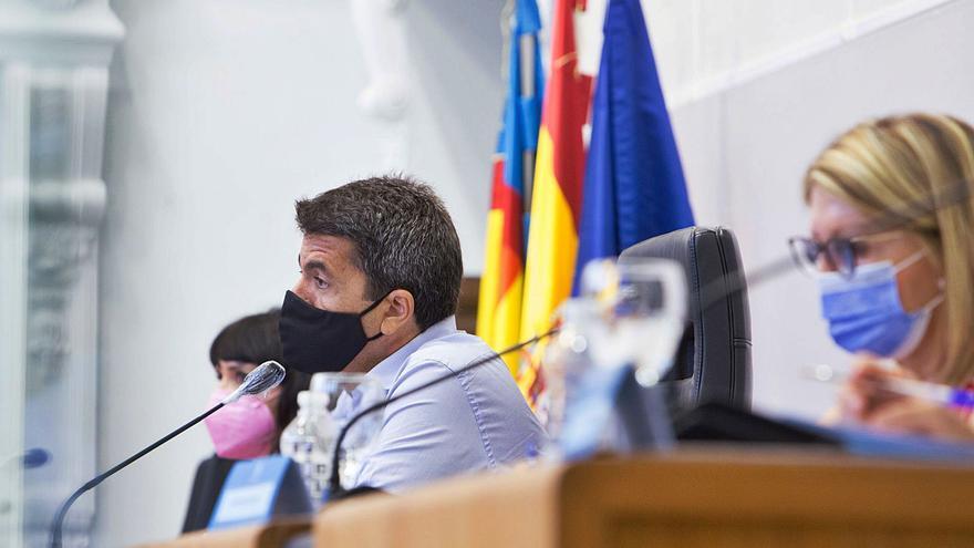 La demora de las ayudas de la Diputación de Alicante a los autónomos abre otra batalla con el Consell