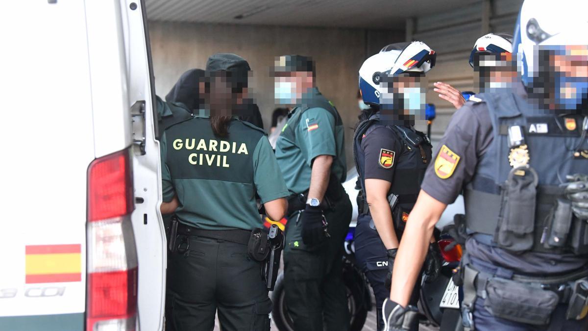 Los detenidos por el crimen de Samuel, a la salida del juzgado