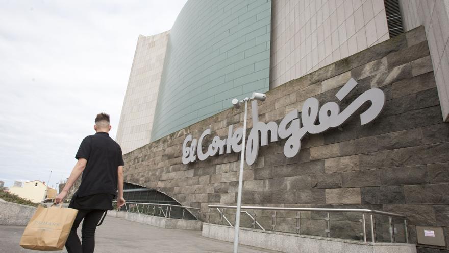 El Corte Inglés convertirá su tienda de Marineda en un gran outlet de firmas de moda y hogar
