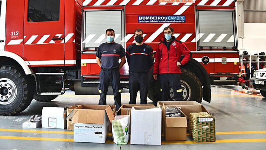 Protección Civil de Cambre reúne donaciones de material para trabajadores y vecinos de la Palma