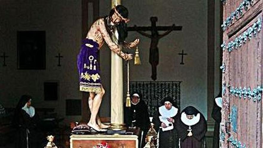 Comienza el novenario al Santo Ecce Homo en el Convento de Santa Clara
