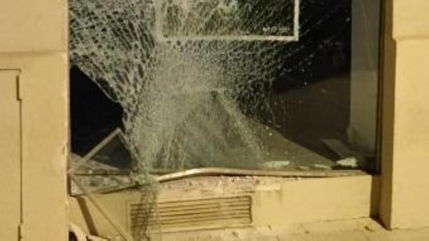 La Policía aborta un intento de robo por alunizaje en Totana gracias a la colaboración ciudadana
