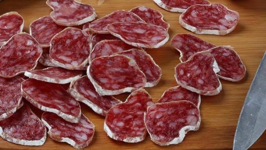 Retiran del mercado un fuet que se vende en Valencia por presencia de salmonela