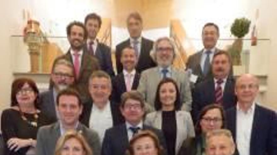 El Puerto de Castelló firma un convenio de buenas prácticas medioambientales