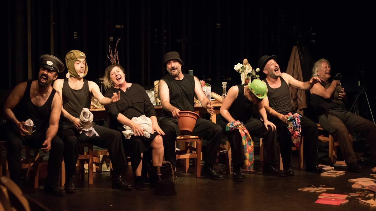 Un momento del espectáculo 'Los disparates de Goya'.