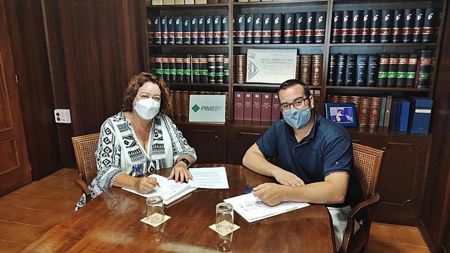 """La Pimeef firma un convenio para fomentar """"una construcción sostenible en Ibiza"""""""