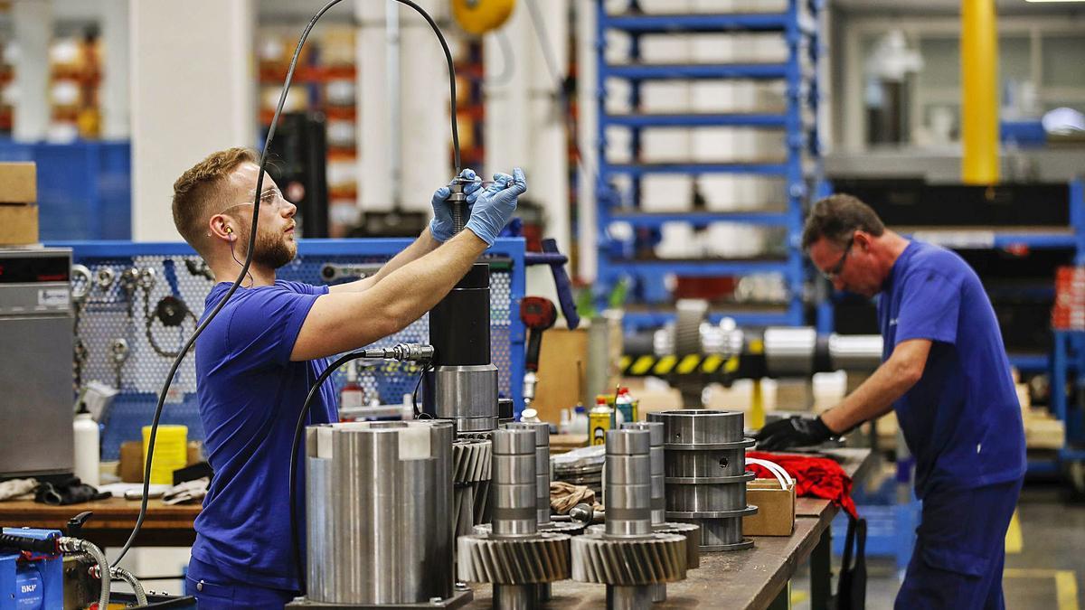 El efecto de multiplicación del trabajo de la industrialización tiene un impacto positivo en la sociedad.   STEFAN WERMUTH