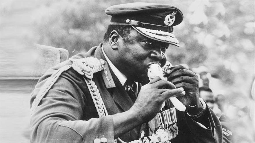 'Cómo alimentar a un dictador': manteles manchados de sangre