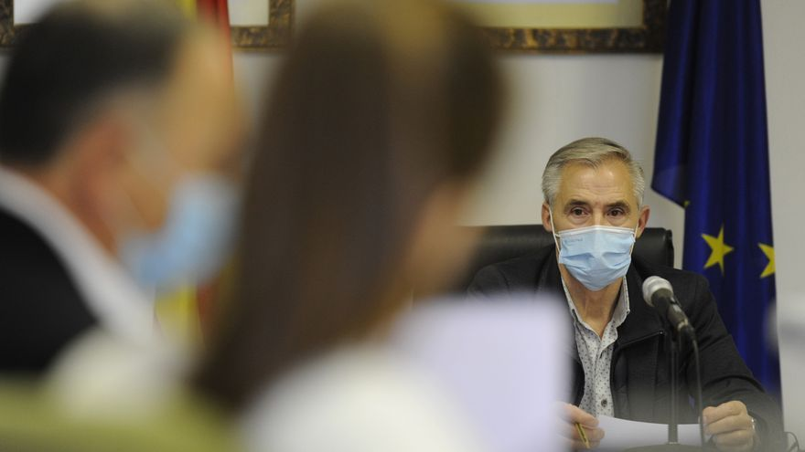 Taboada reta a Otero a poner en marcha una moción de censura