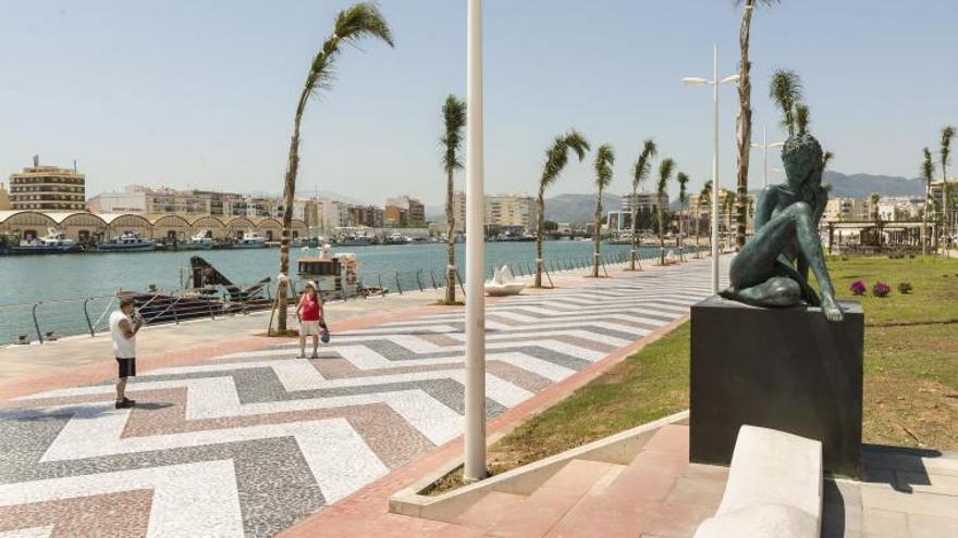 Gandia logra que el Puerto ceda el Moll dels Borja y el uso de 11 tinglados con su gran explanada