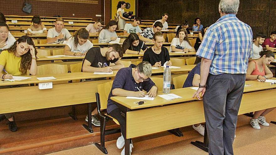 La Selectividad vuelve a los campus con más distancia de seguridad y la repesca en julio