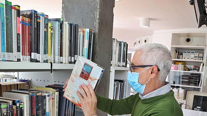 La novela negra, la estrella en las bibliotecas viguesas durante la pandemia
