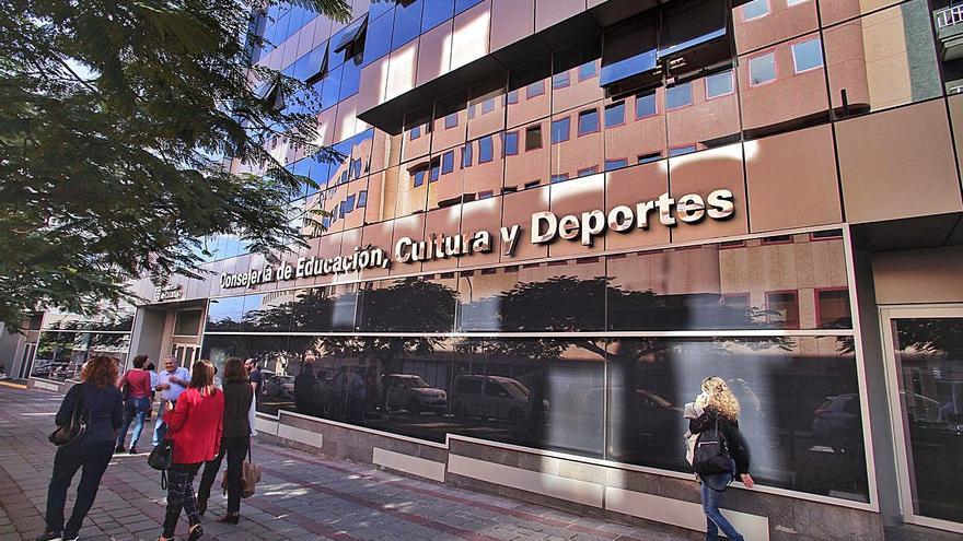 El edificio de Tres de Mayo ya es propiedad del Ayuntamiento de Santa Cruz