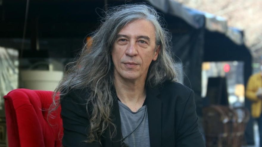 El músic Gerard Quintana guanya el Premi Ramon Llull amb la novel·la 'L'home que va viure dues vegades'