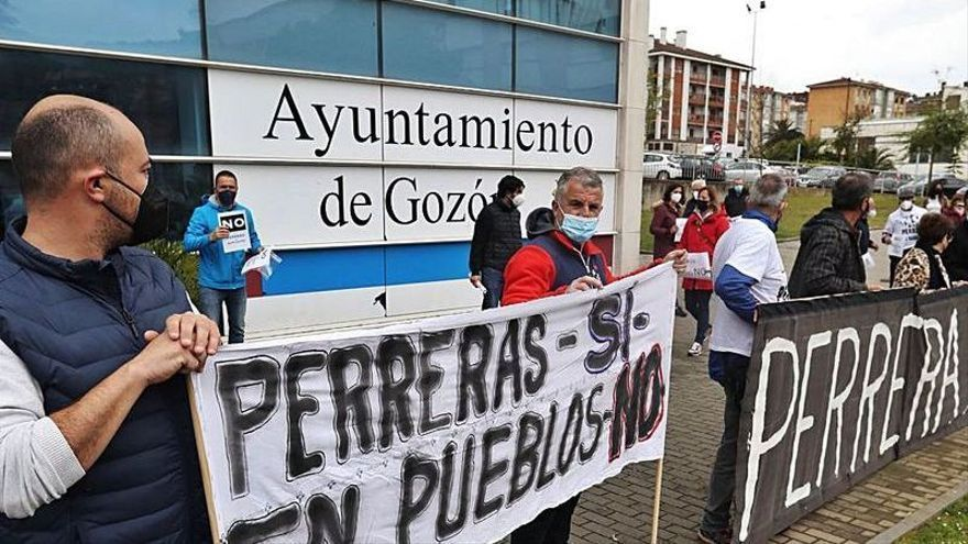 """""""El Pico"""" advierte: """"Si hay perrera en Bañugues, la movilización será de verdad"""""""