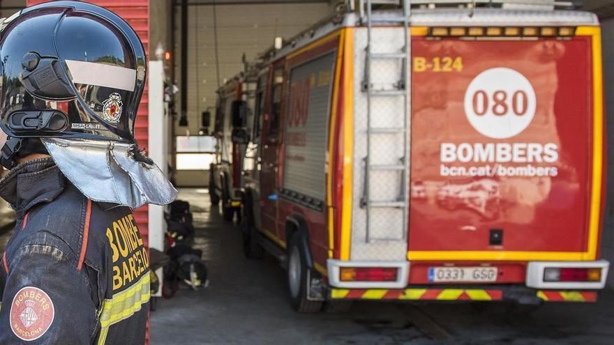 Un incendio en un hotel de La Rambla de Barcelona obliga a evacuar a casi 70 personas