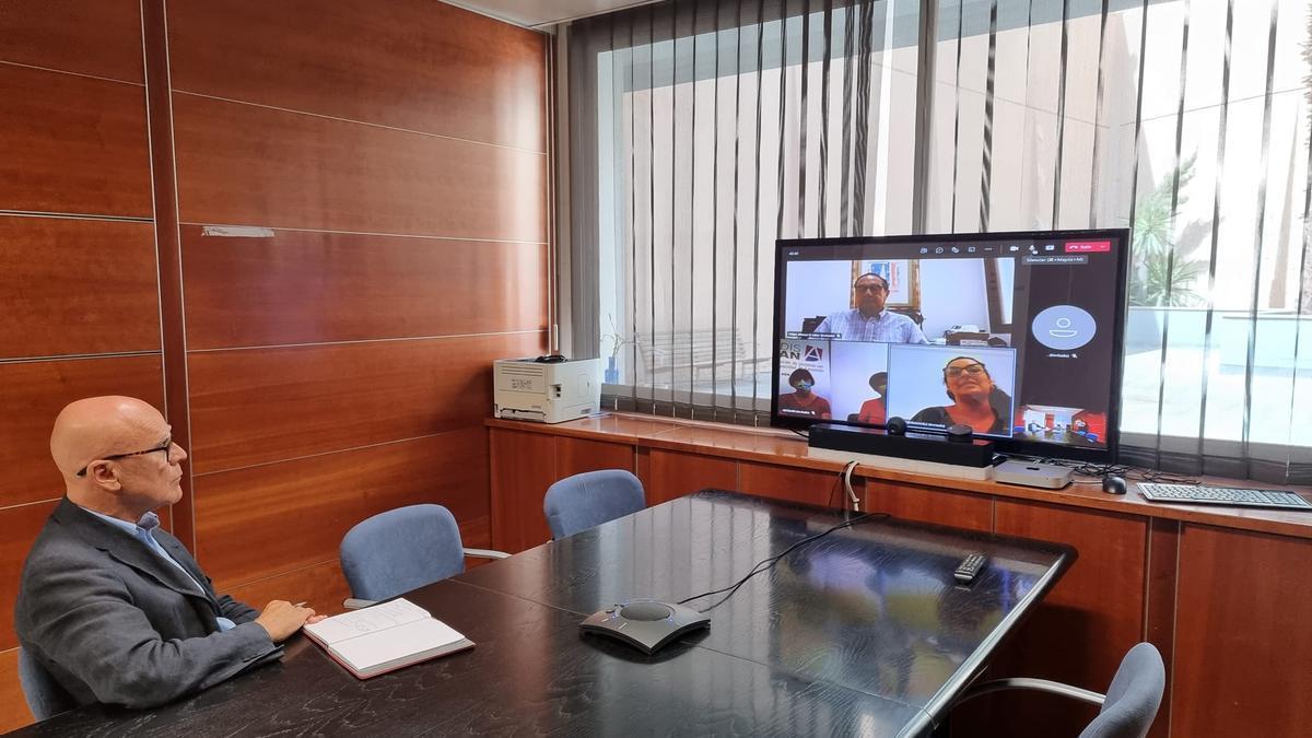 Reunión telemática de Rafael Yanes con Adislan