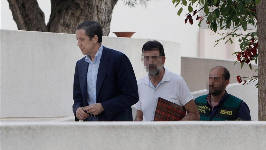 Ingresan a Eduardo Zaplana en La Fe de València