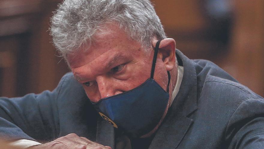 La debilidad de Sánchez en el Congreso revaloriza a Quevedo