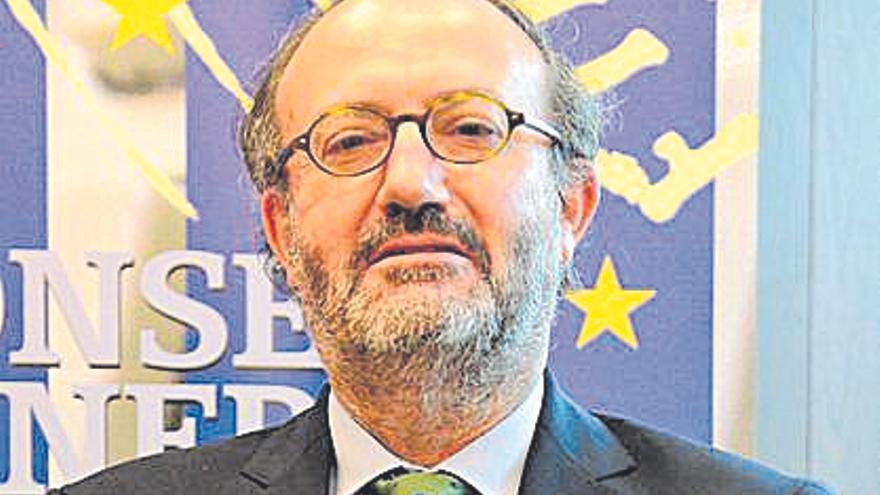 Raimundo Fortuñy llega al consejo del notariado