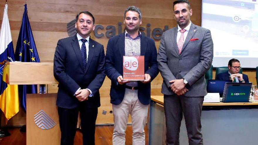 Abraham Guzmán, premio al mejor empresario joven de Canarias