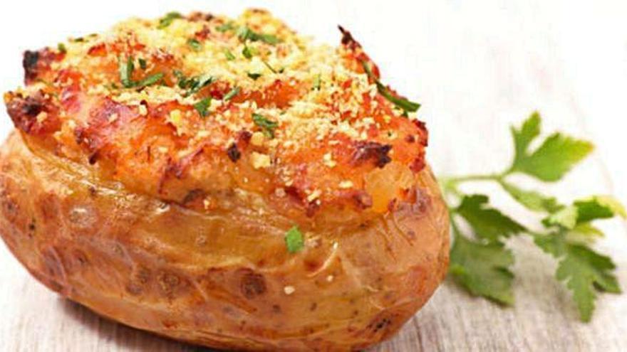 Patatas asadas rellenas a la mostaza