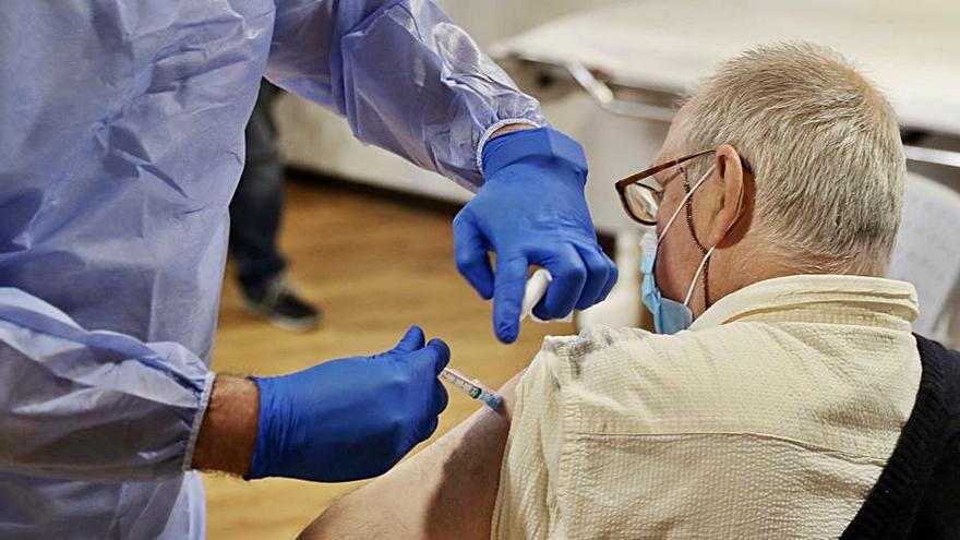 Les 4 vacunes que Europa ha autoritzat són efectives contra la variant delta