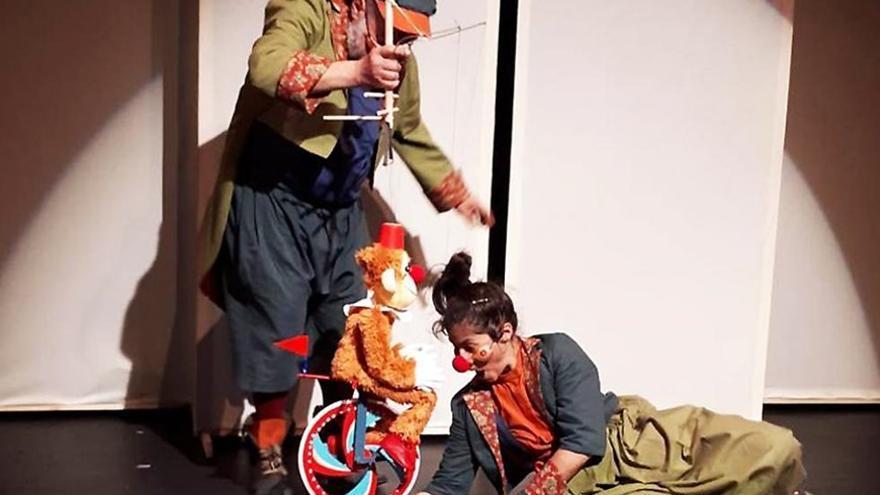 XV Festival de títeres de Cordoba - Un día en el teatro