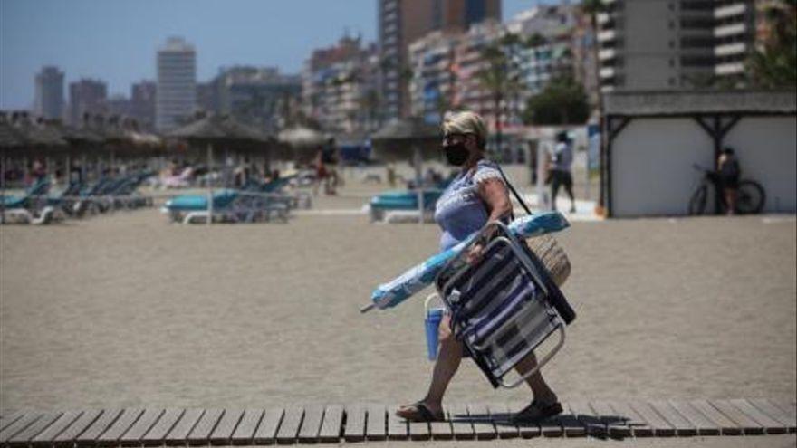 Restricciones por covid en Andalucía: Matalascañas, Zahara de los Atunes y los Caños de Meca, entre las playas cerradas este fin de semana