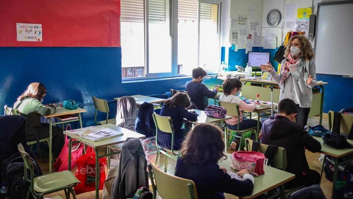 El positivo de un docente obliga al cierre del colegio de Madrigalejo