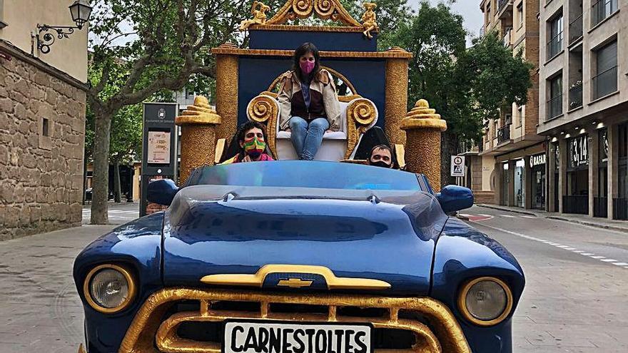 L'associació del Carnaval de Solsona fa entrega del testament del Carnestoltes