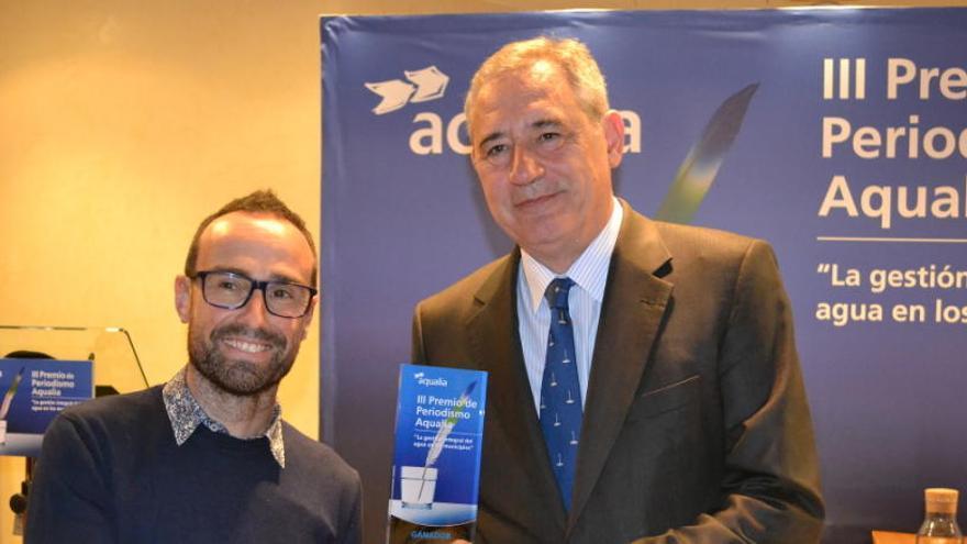 Un artículo de los fraudes en las redes de abastecimiento, ganador del Premio de Periodismo Aqualia