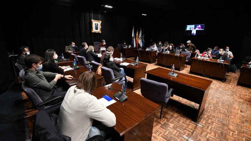 """El gobierno local descarta investigar la """"contratación de afines al BNG"""" que denuncia el PP"""