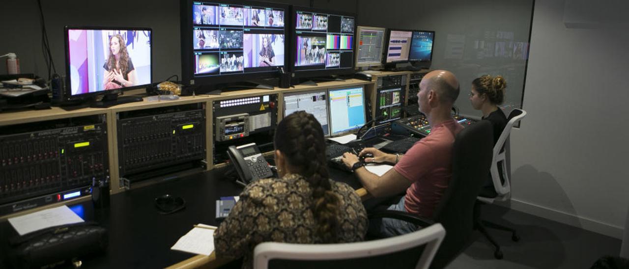 Sala de control de informaciónTV en avenida Doctor Rico de Alicante.