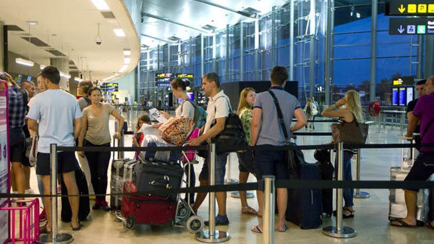 Diez cosas que no son reclamables en los vuelos