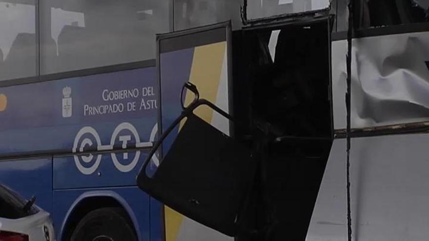 El conductor del autocar siniestrado en Avilés pudo sufrir un ataque epiléptico