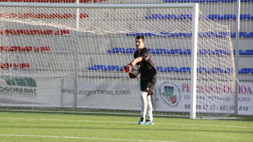 Pablo Paterna vuelve al Petrelense