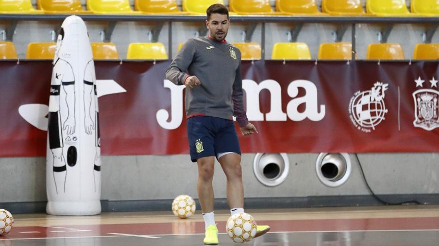 Una lesión deja a Andresito fuera de la selección que se medirá a Suiza