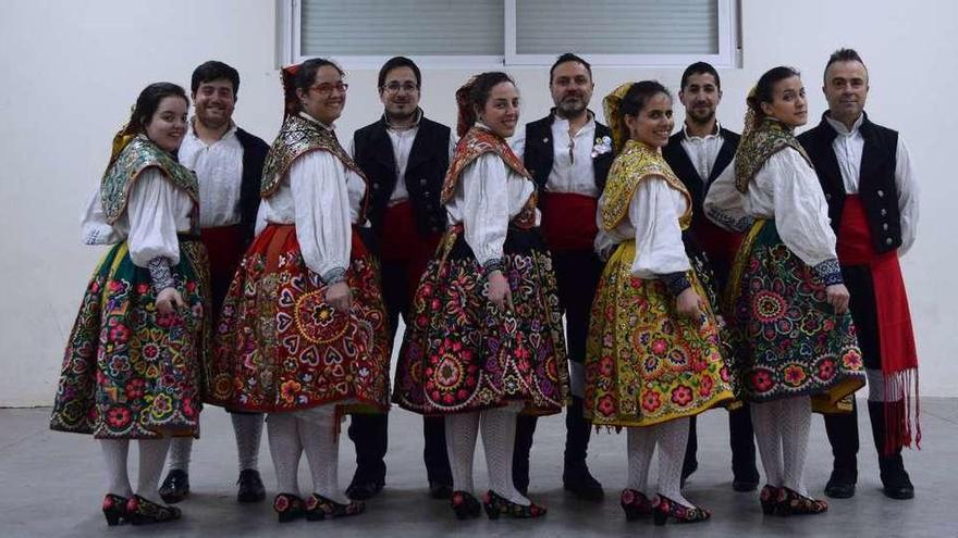 Una veintena de personas pone en marcha un nuevo grupo de folclore