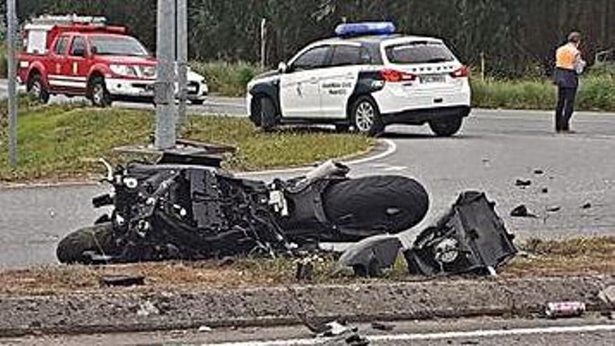 Fallece un joven de 28 años al chocar la moto que conducía con una furgoneta en Carral