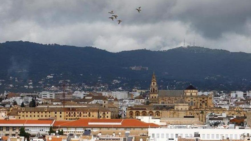 El tiempo en Córdoba: cielos nubosos y mínimas en ascenso