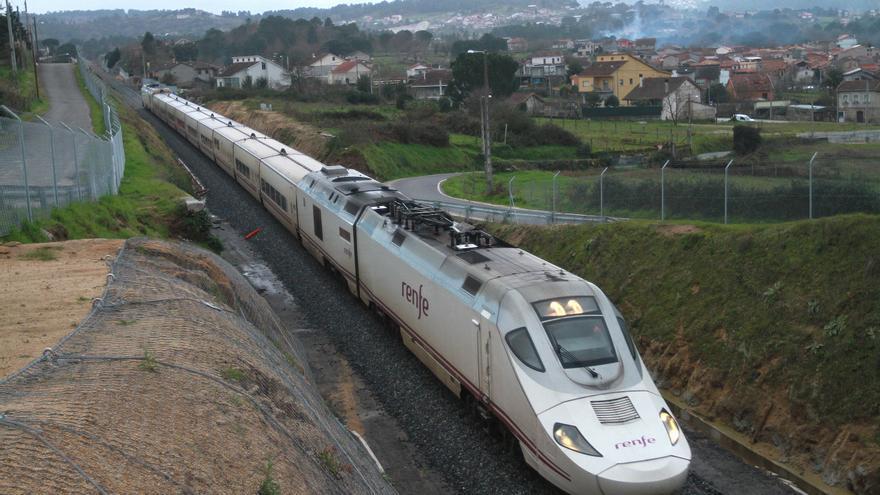 Renfe activa desde 15 euros los trenes Galicia-Madrid hasta el puente de diciembre