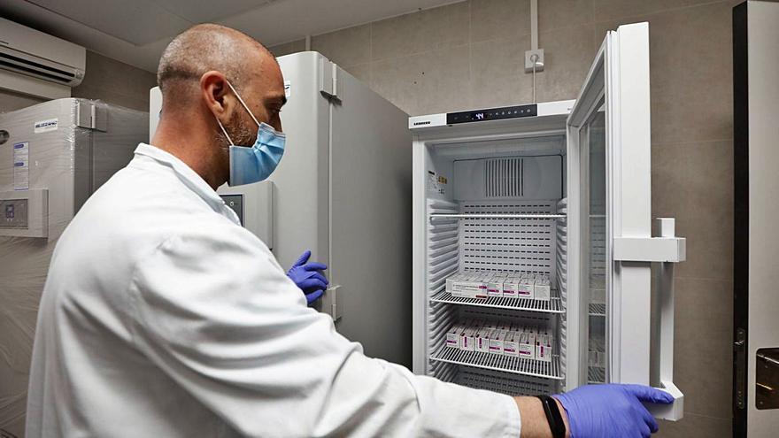 Ya hay fecha para la llegada de las vacunas de Janssen a las Pitiusas
